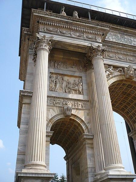 File:Arco della Pace 11.jpg