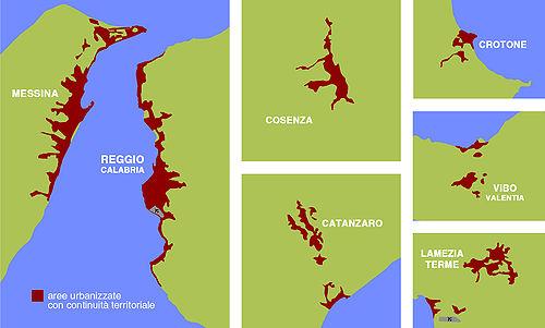 Aree urbanizzate con continuità territoriale in Calabria e Stretto di Messina.