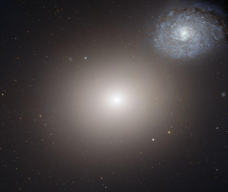Arp116 Hubble