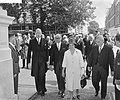 Arturo Frondizi, president van Argentinië in Amsterdam, v.l.n.r. mr. Luns , Fron, Bestanddeelnr 911-3862.jpg