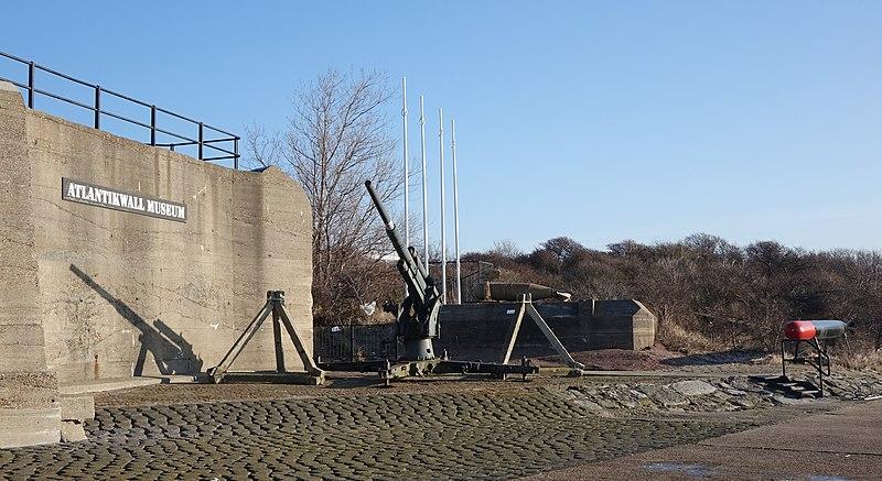 File:Atlantikwall museum (16164502249).jpg