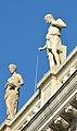 Austrian Parliament Building statues 02.jpg