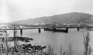 Burlington Northern Railroad Bridge 5.1 - Until 1989, the bridge had a swing span, rather than a vertical-lift span.