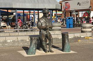 Statue of Robert Baden-Powell, Poole statue in Poole, Dorset