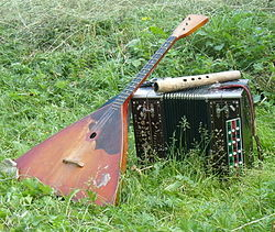 Balalaika, garmon and a shepherd's horn.jpg