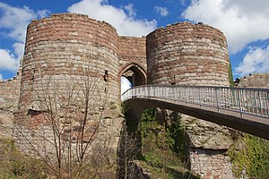 Beeston Castle 2016 012.jpg