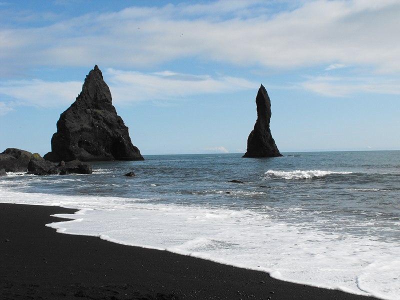 Fájl: Fekete strandok - Reynisfjara - Izland - panoramio.jpg
