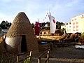 Bolivien – Museum in Huatajata am Titicacasee – Die Brüder Limachi, Erbauer der RA II von Thor Heyerdal bauen hier heute noch Schilfboote - panoramio.jpg