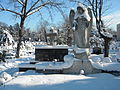 Bucuresti, Romania, Cimitirul Bellu Catolic (Ingerul in iarna 2015)(4).JPG