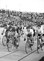 Bundesarchiv Bild 183-33357-0002, Bahnradrennen, Ronny Maraun, Schmidt.jpg