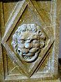 Burg Reichenstein - Epitaph Haym 4b Sockel Löwe.jpg