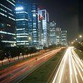 COLLECTIE TROPENMUSEUM Het centrum van Jakarta in de avonduren met kantoren en hotels TMnr 20018501.jpg