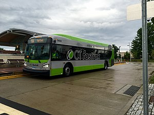 CTfastrak - A CTfastrak 40ft bus on route 128 at Flatbush Avenue