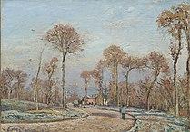 Camille Pissarro - La route de Versailles, Louveciennes, Matin gel.jpg