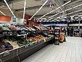 Carrefour Market (Rillieux-la-Pape) - rayon fruits et légumes.jpg
