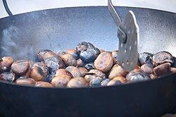 Castañas asadas en Murcia por aabrilru.jpg