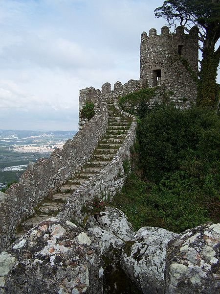 Ficheiro:Castelo-Mouros 2.jpg