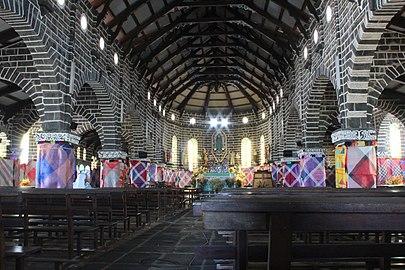 Cathédrale haute en couleur.jpg