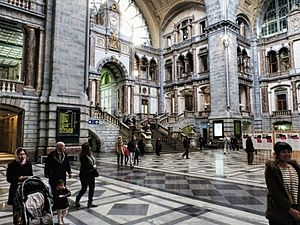 Antwerpen-Centraal railway station - Entrance hall