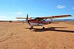 Cessna 206 vor dem Start in Aus.jpg