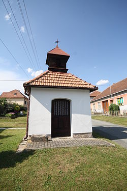 Chapel of Virgin Mary in Kojatín, Třebíč District.jpg