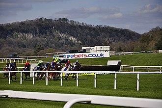 Chepstow Racecourse - Horse racing at Chepstow racecourse