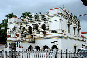 English: A Palatial house in the Chettinad reg...