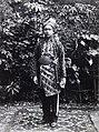 Collectie NMvWereldculturen, RV-A78-240, Foto- 'Portret van man uit Soengai Pawar in de Padangse Bovenlanden in feestkleding', fotograaf C.B. Nieuwenhuis, 1880-1908.jpg