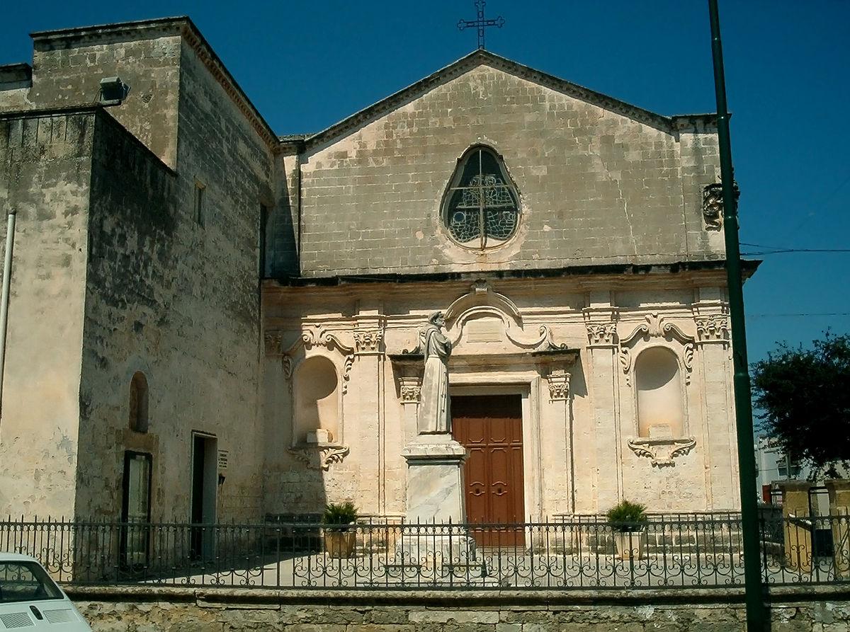 File:Convento-salice-salentino.jpg - Wikipedia