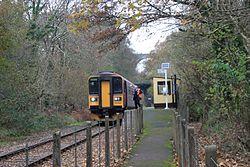 Coombe Junction Halt - FGW 153380.jpg