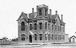 Courthouse in Meade (1910)