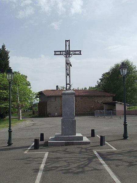 Croix monumentale de la place de Clarens (Hautes-Pyrénées, France)