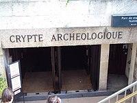 Crypte de Notre Dame de Paris.jpg