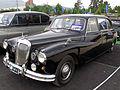 Daimler DR 450 Limousine 1968 (23474331320).jpg