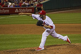 Daniel Descalso of Cardinals pitching, 2014.jpg