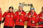 Dekoracja medalowa konkursu drużynowego (K-120) - Stoch, Kubacki i Żyła.jpg