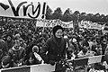 Demonstratie Bhagwan-aanhangers in Amsterdam tegen arrestatie Bhagwan in de VS e, Bestanddeelnr 933-4728.jpg
