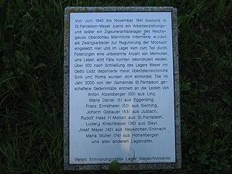St. Pantaleon-Weyer concentration camp - Image: Denkmal Lager Weyer Info