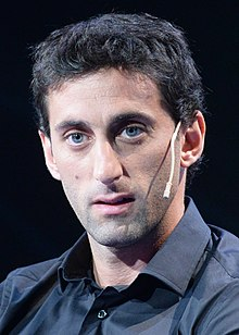 Diego Milito (22677058983) (cropped).jpg