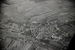 ETH-BIB-Dorf bei Flug Engadin - Bernina - Parsenn-Inlandflüge-LBS MH05-74-01.tif