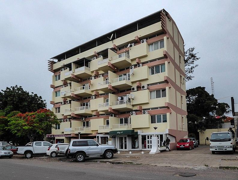 File:Edificio Prometheus Maputo.jpg