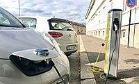 Electric vehicle charging station Ladestasjon for elbil Nissan VW e-golf Storgaten Tønsberg kommune Norway 2017-09-20 04.jpg