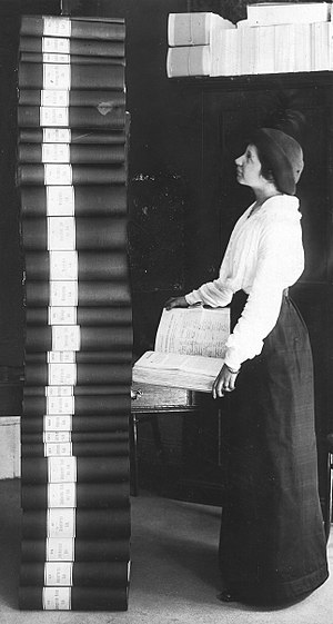 National Association for Women's Suffrage (Sweden) - Elin Wägner and the result of the collection of names in favor of women suffrage in 1914.