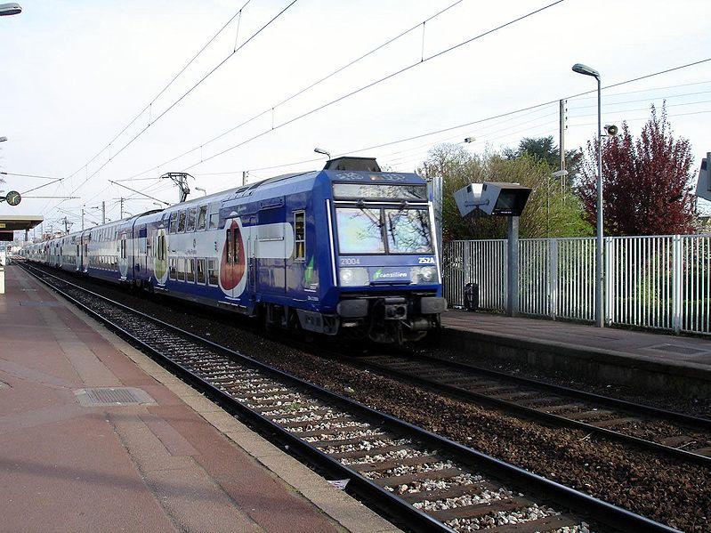 799px-Ermont_-_Gare_de_Cernay_03.jpg