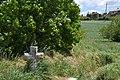 Escueillens-et-Saint-Just-de-Bélengard, croix de chemin.jpg