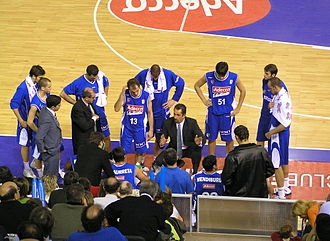 CB Estudiantes - Estudiantes time out during a game versus Pamesa Valencia in November 2005.