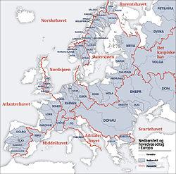 karta floder europa Avrinningsområde – Wikipedia karta floder europa