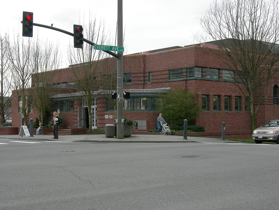 Everett Library 01.jpg