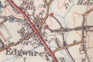 Edgware railway station - Map of Edgware from 1930 showing the Underground station (top) and LNER station (bottom).