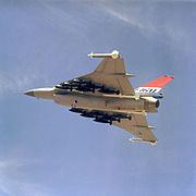 F-16XL loaded with 500lb bombs